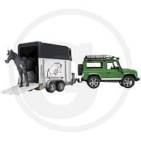 02592 Bruder внедорожник Land Rover Defender с прицепом для перевозки животных и фигуркой лошадки