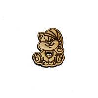 Пуговица деревянная декоративная Кот в шапке