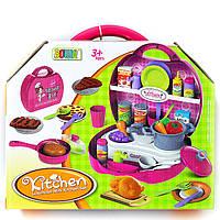Детская кухня с аксессуарами в чемоданчике