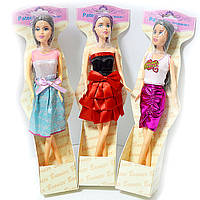 Кукла типа Барби меняет цвет волос