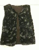 Меховая черная детская жилетка