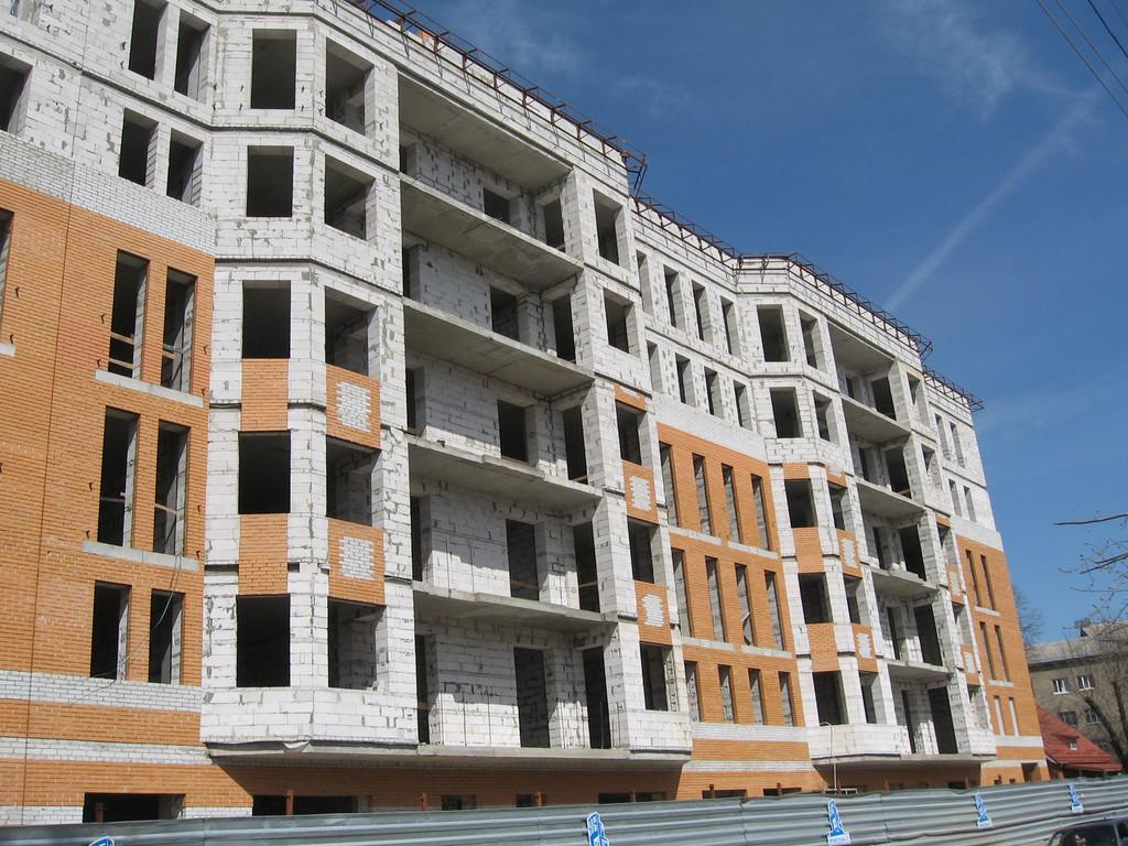 """Фасадные работы, отделка фасада жилого комплекса """"На Бакулина"""" 5"""