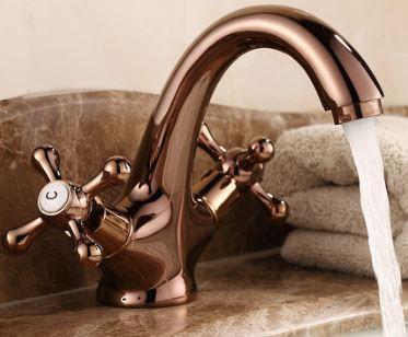 Смеситель кран для умывальника в ванную двухвентельный розовое золото