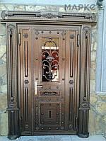 Входная двери со стеклом. Эксклюзивная кованая дверь.