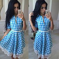 Коттоновое платье в клетку с юбкой-клеш
