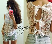 Прозрачная блуза с завязками на спине