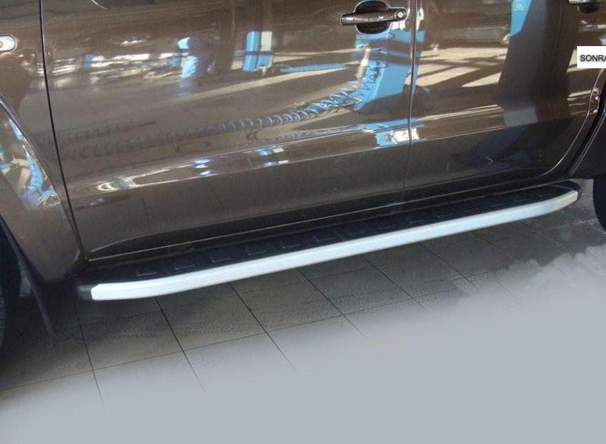 Боковые пороги VW Amarok (площадка Allyans)