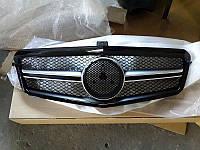 Решетка радиатора Mercedes W212 дорестайл стиль AMG черный глянц