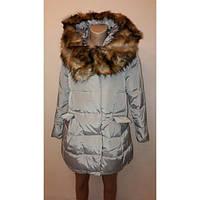 Женская куртка Нежная с искуственным мехом на капюшоне