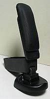 Nissan Juke подлокотник Botec черный виниловый