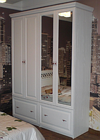 Шкаф деревянный 1800х450х2400 с зеркалом  из массива ольхи