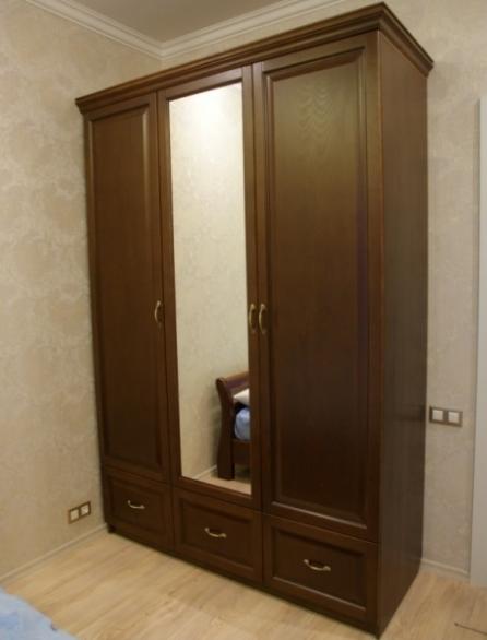 Шкаф 1800х600х2400 с зеркалом