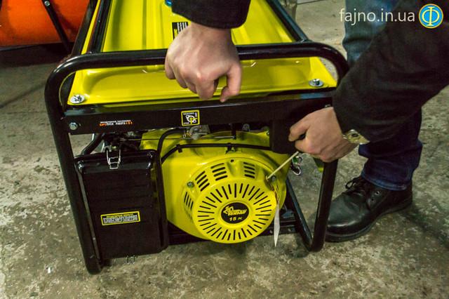 Бензиновый генератор Кентавр ЛБГ 605Э фото 5