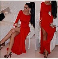 Вечернее платье в пол с разрезом расклешенное к низу красное