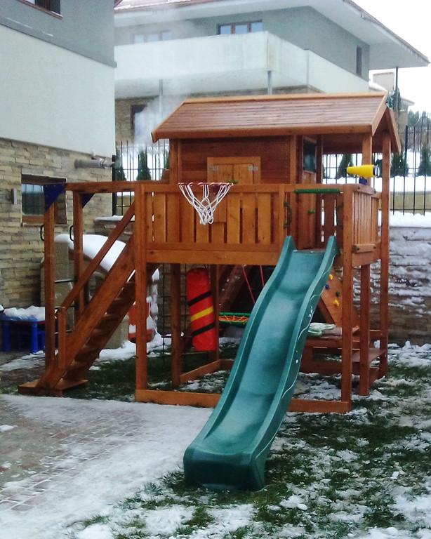 Детская площадка Киев Витольд Хауз