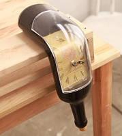 Настольные часы в виде бутылки