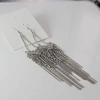 Красивые стильные нарядные длинные женские серебристые серьги с камнями от H&M
