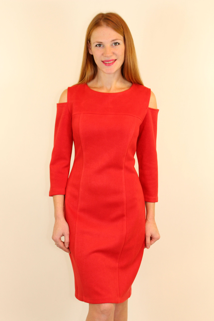 Платье-футляр с открытыми плечами 46-52 р ( красный, электрик )