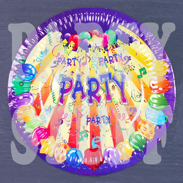 Бумажные тарелки вечеринка