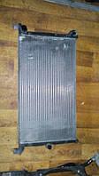 Б/у радиатор 7m3121253g Volkswagen Sharan