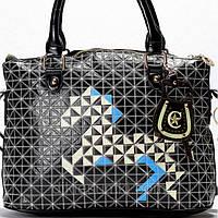 Женская сумка черного цвета стеганная с рисунком, фото 1