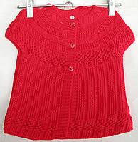 Безрукавка вязанная  для девочки с 1 до 3 лет красная