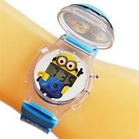 Детские часы с миньоном, с открывающейся крышкой и разноцветной подсветкой