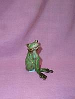 Лягушка мечтательница декоративная фигурка 5 см высота