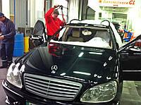 Лобовое стекло на Mercedes W220 S  (ветровое, заднее, боковое)