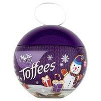 Елочная игрушка с конфетами Milka Toffees, 100 гр