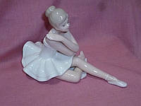 Балерина фарфоровая декоративная статуэтка фигурка 10х15,5 сантиметров