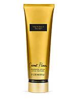 Увлажняющий парфюмированный лосьон для тела  COCONUT PASSION VS FANTASIES от Виктории Сикрет