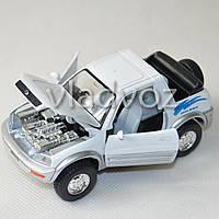 Машинка Toyota rav4 метал 1:36 белая
