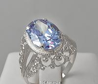 Серебряное кольцо с лавандовым фианитом