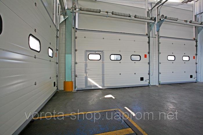 Промышленные гаражные ворота ALUTECH, купить.