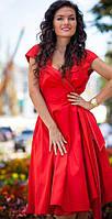 Миллион, миллион алых платьев: пару слов о самом модном цвете 2014 года