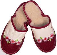 """Тапочки комнатные женские кожаные """"Цветы"""" бежево-бордовые"""