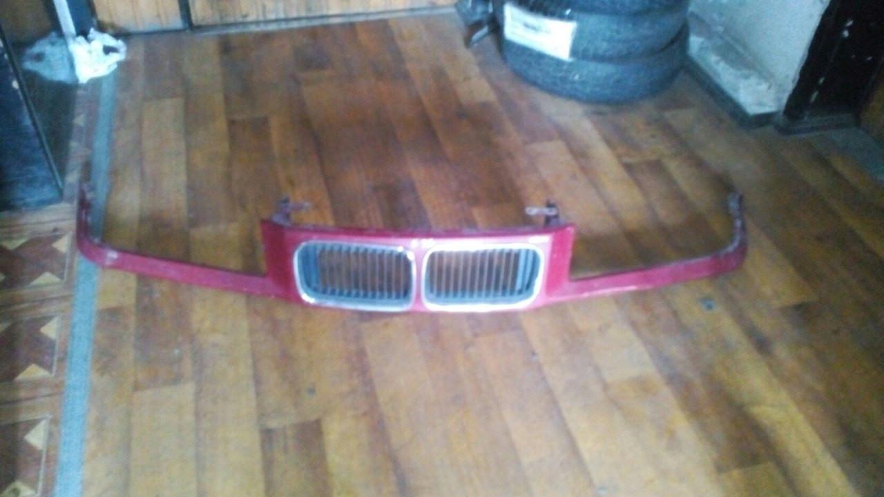 Б/у решётка радиатора BMW 3 Series e36