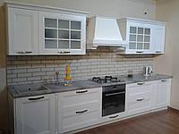 Кухня Арли белая, фасад массив ясеня