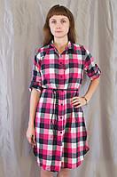 Теплая женская платье-рубашка в клетку.