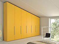 Дизайнерский шкаф с распашными дверьми