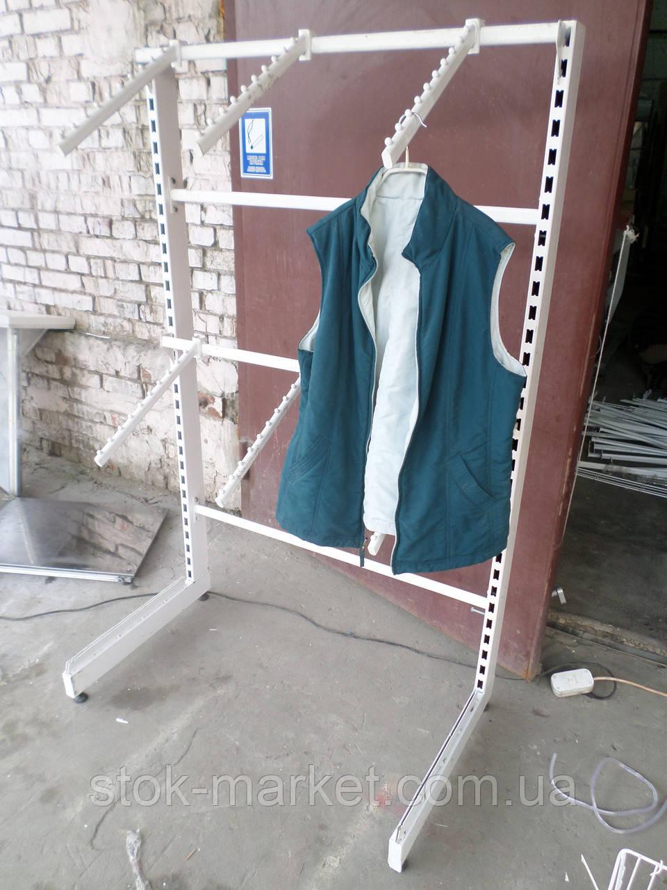 Стеллажи для одежды б/у, стойки для одежды б у, стеллаж под крючки.