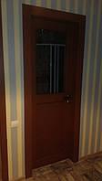 Дверь межкомнатная из массива ясеня со стеклом
