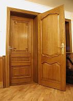 Дверь межкомнатная из дерева глухая с резьбой