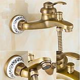 Смеситель кран бронза в ванную комнату с лейкой, фото 4