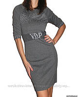 Платье с черно-белыми стразами