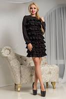 Маленькое черное платье с рюшами