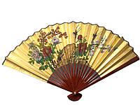 Золотистый веер из бамбука