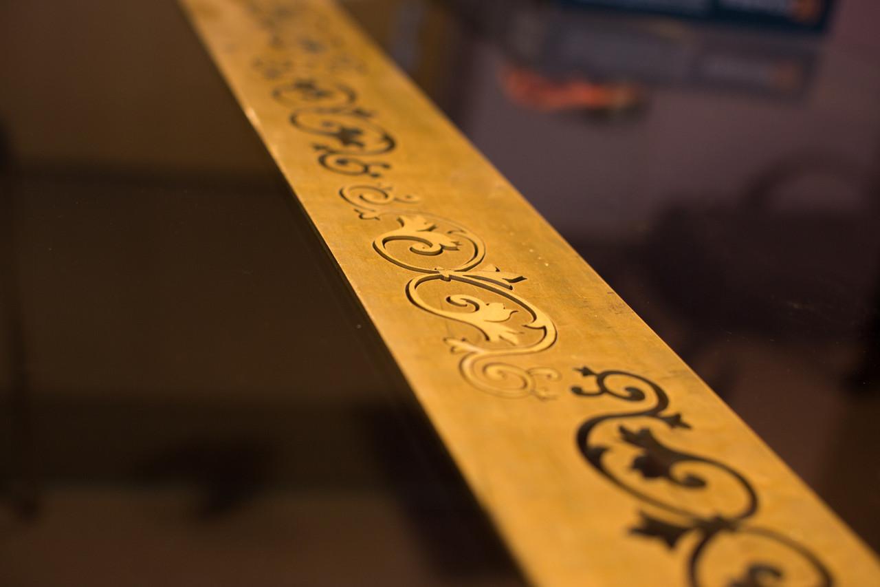 Фигурная резка металла, изготовление декоративных элементов интерьера
