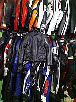 Мото куртка б/у кожа женская  черная